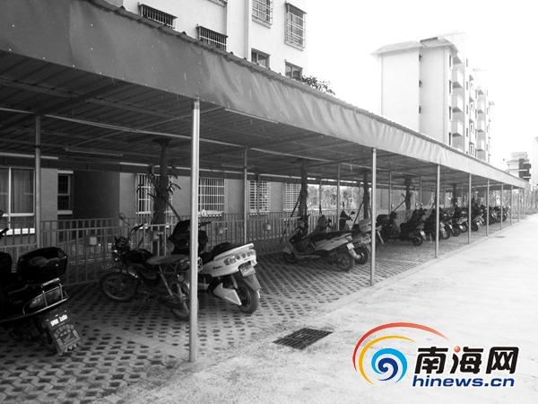昌江一小区住户称停电动车50元/月 不交不让车进小区