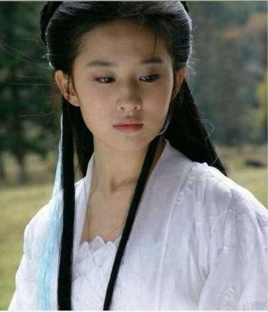 这么对比的话,刘亦菲的王语嫣好仙,刘诗诗的辛十四娘可以无视.-图片