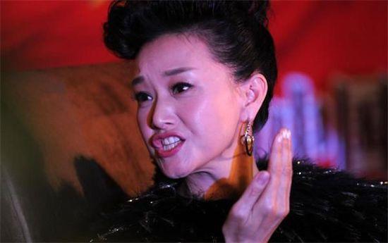 刘亦菲被占便宜图片