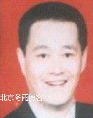 赵本地脊青涩照曝光 弹奏二胡与毛阿敏合影(图)- M