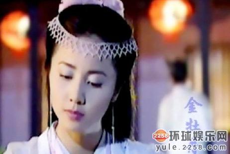 孙莉出演过许多电视剧,《天天地传说之美人鱼》里的牡丹,《仙剑奇侠传