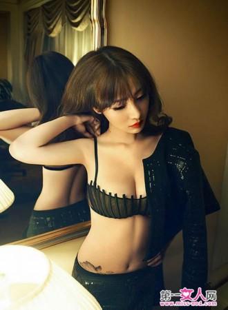 外国女人人体艺术图片