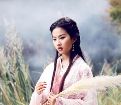 二刘角色三大撞 刘诗诗刘亦菲美人都是相似的
