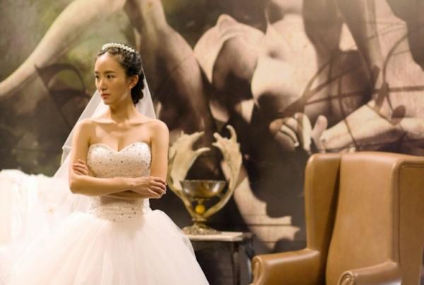 婚纱店的婚纱_婚纱店婚纱真实照片