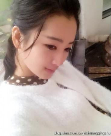 赵丽颖替身曝光清纯可爱 惊人撞脸被秒杀