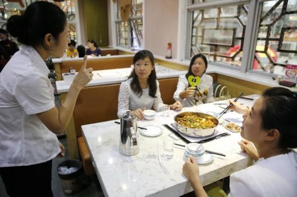 榆林有家 无声餐厅 80 的员工为聋哑人