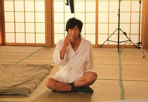 日本av線上電影訊雷_日媒:要求过于严格导致日本av男演员严重不足