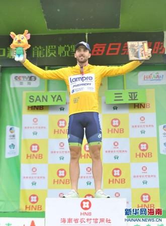 环海南岛自行车赛第五赛段:帕里尼夺得黄衫