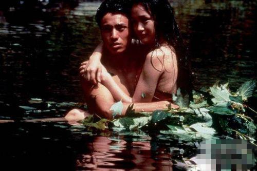 中激情戏不断 更有王李丹妮等女星在电影中大尺度的
