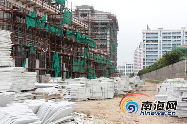 <b>曝澄迈盈滨半岛规划路被占回应称土地权属开发商</b>