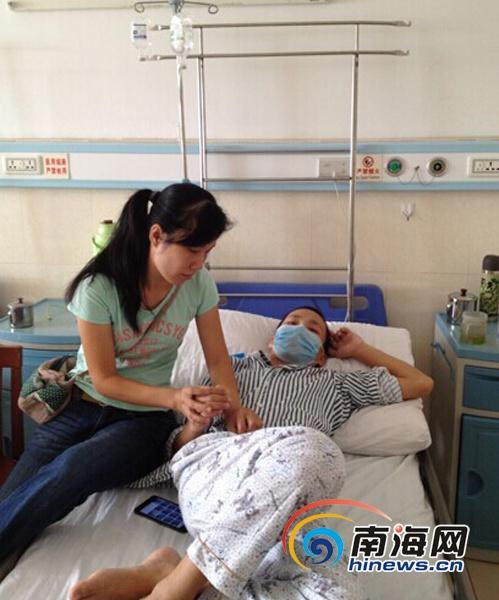 <b>万宁17岁男孩患白血病巨额治疗费压垮家庭盼救助</b>