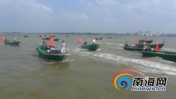 120艘新渔船交付海口北港岛 渔民拉横幅感谢省委书记