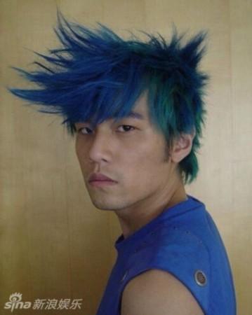 周杰伦这飘逸的发型也是让人醉了图片