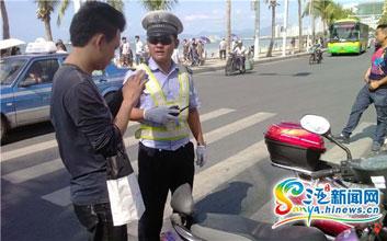 三亚一天查扣17辆非法三轮车 1人暴力抗法被拘