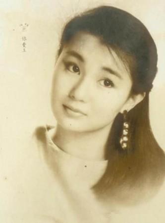 那个没有PS的年代,女神们把头发梳起来也能这么美!-林青霞王祖贤