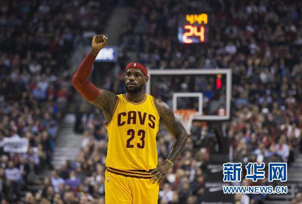 2015詹姆斯骑士图片_NBA骑士胜猛龙