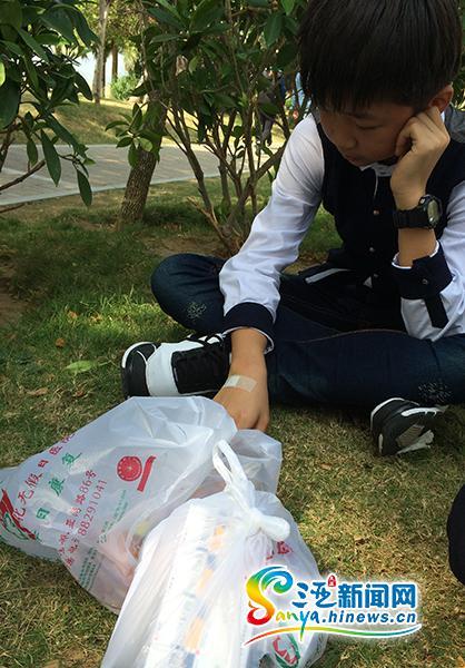 <b>13岁男孩西岛潜水后耳出血三亚旅游质监部门调解失败</b>