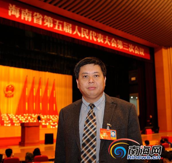 海南省人大代表黄桂提:政府工作报告句句暖人心