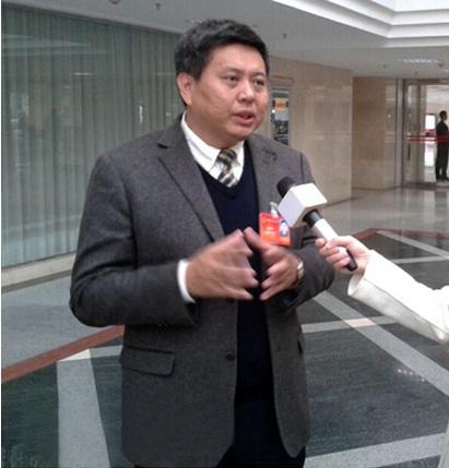 海南省人大代表黄桂提:让每个公民感到公平正义