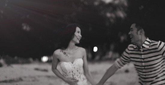 2013年9月17日,陈赫在泰国普吉岛举办了盛大的婚礼,邀请众多亲朋