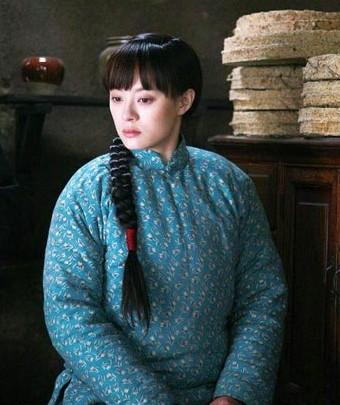 女星棉袄造型对对碰乡土爆棚还是时髦另类