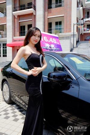 广州本田车展,本次车展亮点为邀请了学校礼仪模特队作为大学生车模作