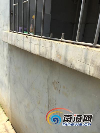 海口琼台窗户4个师范铁栏凌晨被盗故事女生被小女生宿舍图片