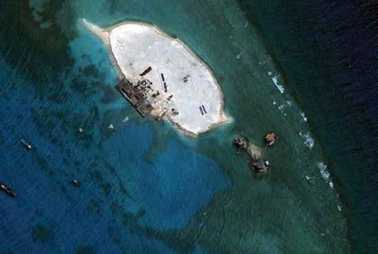 美国卫星图证实越南在中国南海两岛礁填海(图)__海南