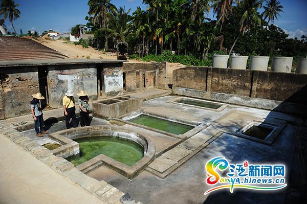 三亚清理百年温泉古迹污水1个月完成全部修缮工作