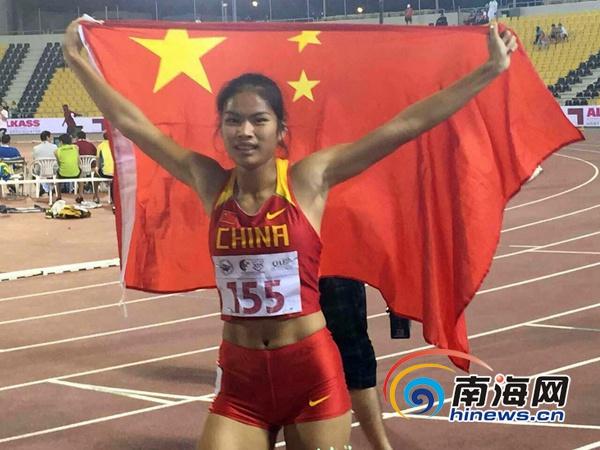 海南黎乡姑娘成亚洲田径冠军放学路上被教练看中