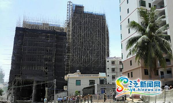 三亚回新村2.1万平方米违建被拆属当地居民联合外地人非法建房
