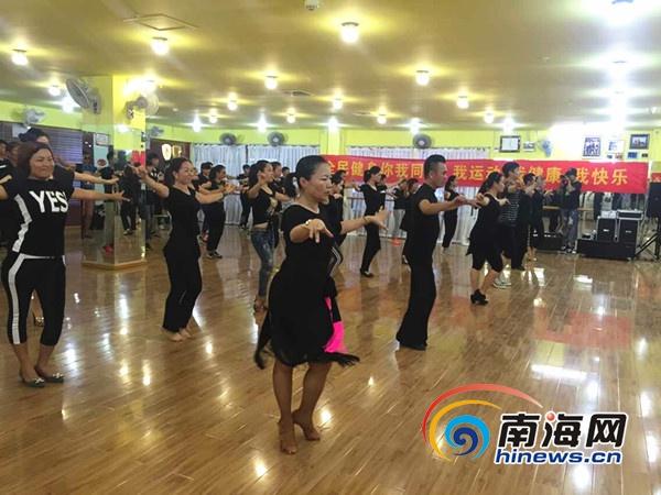 环球太太将备战中国区总决赛88位选手将抵达三亚培训