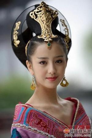 佟丽娅非常适合古装美女的扮相-范冰冰武则天逆天美 中韩皇后颜值大