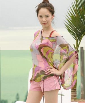 刘亦菲被袭胸 女星拍激情戏遭假戏真做