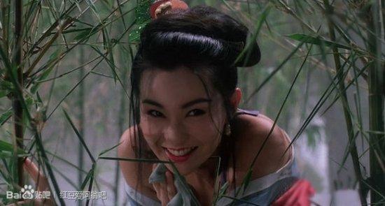 自:1993年周星驰电影济公.张曼玉饰演的九世娼妓小玉,风骚妩媚,图片