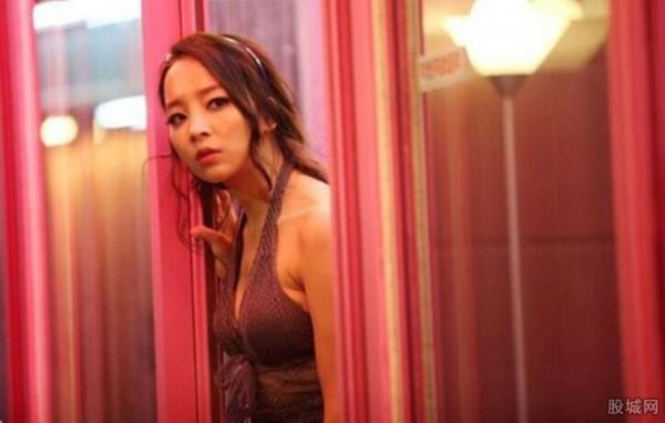 近几年,韩国色情业呈上涨趋势,在韩国,性交易已经成为了国内生产总值