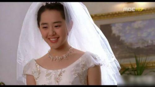 根英变残 韩国童星今昔对比曝光