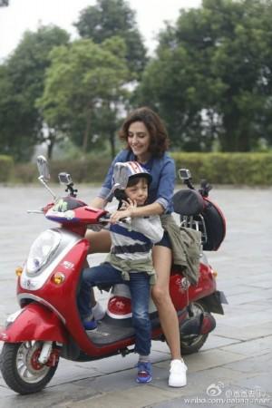 和妈妈坐摩托车h小说