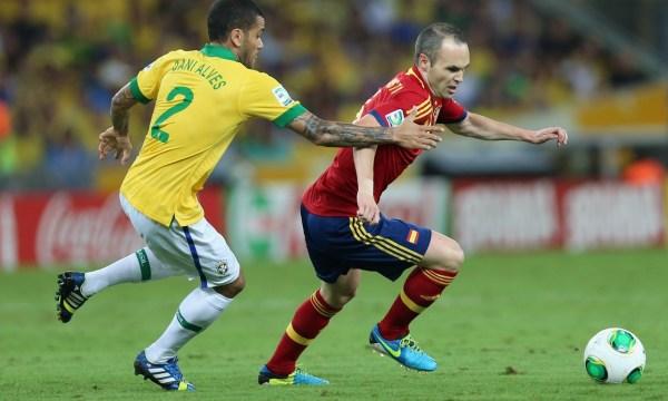 足坛数一数二的右边后卫,但他同样缺少一座世界杯的冠军.-曝巴萨图片