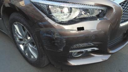 修车撞英菲尼迪三轮车教程听完调头费差点吓哭新手司机剪发图片