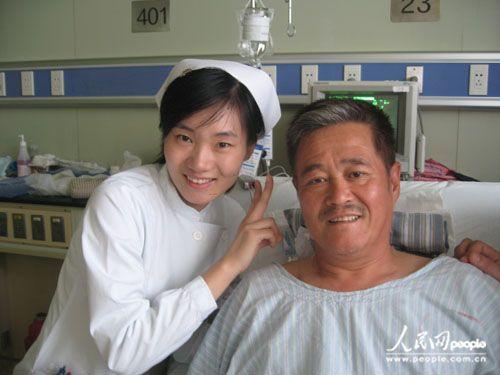 刘欢股骨头手术_刘欢周杰伦揭秘明星不为人知的可怕疾病(图)