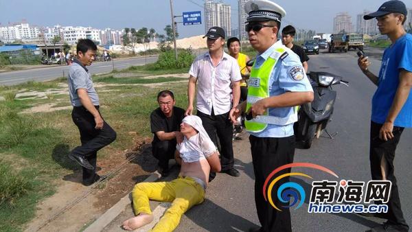 海口青年携毒品遇检查弃车欲逃三协警员合力制服