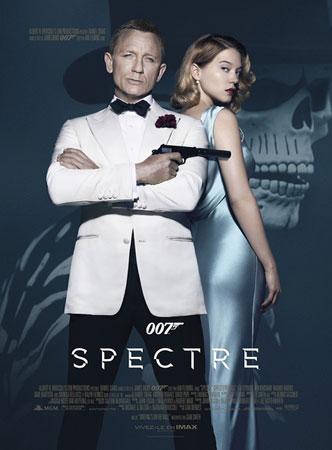 《007:幽灵党》称霸内地影市 首周三日破三亿