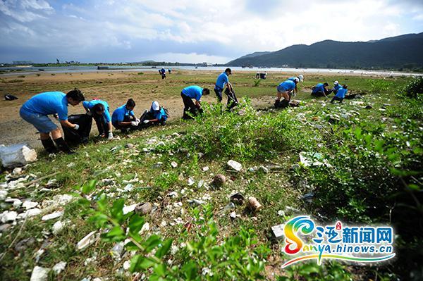 三亚开展保护湿地活动近50名志愿者参加
