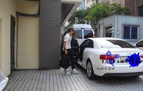 斯   崔始源的奥迪tt   宋茜的巧克力nissan   泰妍的奔驰高清图片