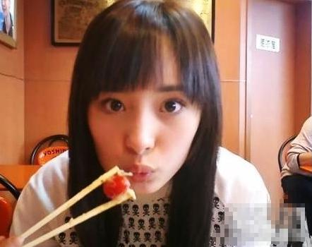 赵丽颖瘦得让人好想保护她 众女星学生时代照清纯照大盘点