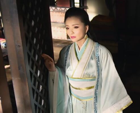 姑姑撸影院_《甄嬛传》中的槿汐姑姑孙茜,此次则饰演芈月的生母向氏.