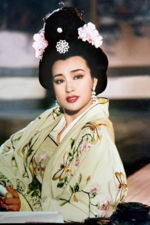 刘晓庆版的《武则天》造型更有质感-形神兼美的经典古装美女