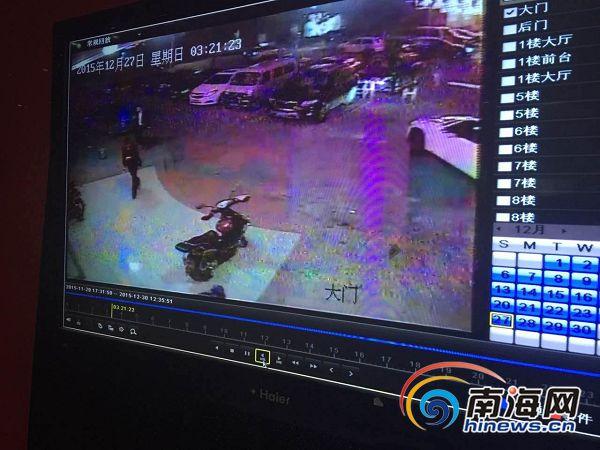 海口市民出租车上丢钱包交警帮忙调监控找回失物