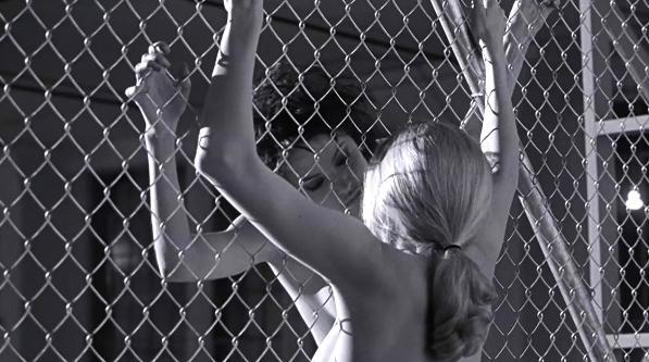 安吉丽娜朱莉最片子的题材竟是这部妹子性感露红大女同性感照片色爆妹子图片